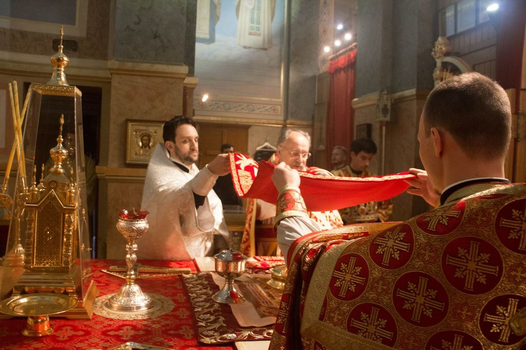 The Patriarchal Parishes in the USA - Divine Liturgy on the